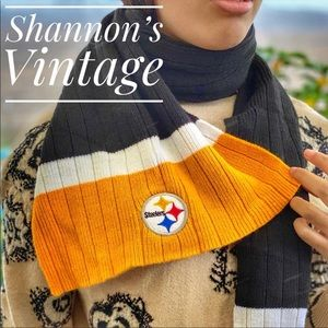 Pittsburgh Steelers NFL winter scarf